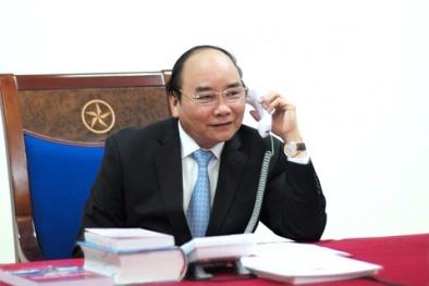 Thủ tướng Nguyễn Xuân Phúc điện đàm với Tổng thống đắc cử Donald Trump