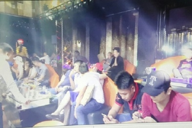 Phát hiện nhiều thanh niên 'phê' ma túy trong quán bar ở TP HCM