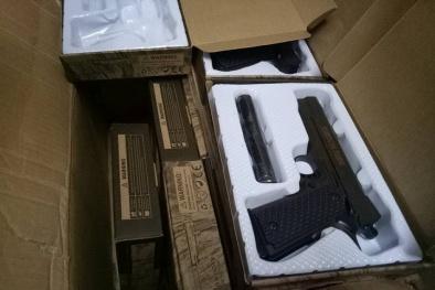 Hà Nội: phát hiện và bắt giữ hơn 100 khẩu súng ngắn