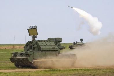 Tên lửa phòng không Tor-M2U: 'Thần sấm' vừa chạy vừa bắn độc nhất của Nga