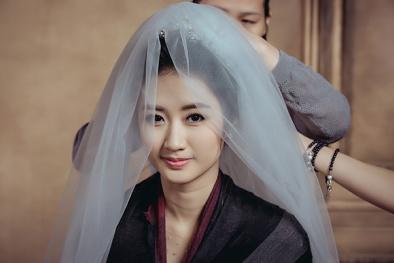 Chiêm ngưỡng hậu trường chụp ảnh cưới lãng mạn của hoa hậu Thu Ngân