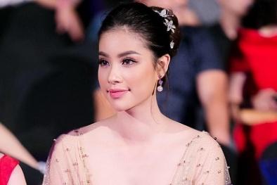 Phạm Hương đẹp tựa nữ thần trên thảm đỏ Zing Music Award 2016