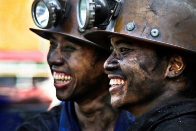 Thợ lò lương trung bình hơn 13 triệu đồng/người/tháng