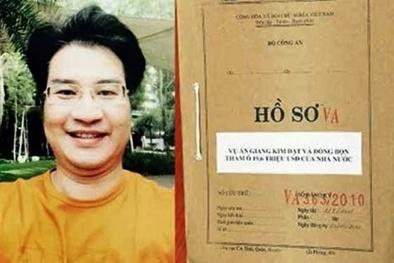 'Sếp' cùng đồng nghiệp của Giang Kim Đạt chuẩn bị hầu tòa