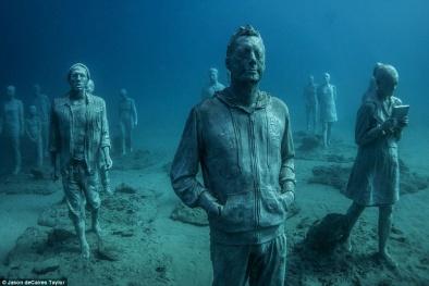 Choáng ngợp với bảo tàng dưới nước đầu tiên của Châu Âu