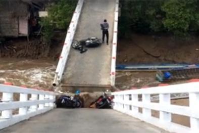 Tin mới nhất vụ sập cầu tại Cà Mau làm 6 người bị thương, có 2 trẻ em