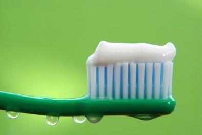 7 thành phần trong kem đánh răng có khả năng gây ung thư