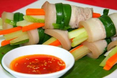 Chống ngán ngày Tết với món ba chỉ cuộn rau củ