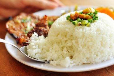 7 thực phẩm ngày Tết 'cấm kỵ' đun lại