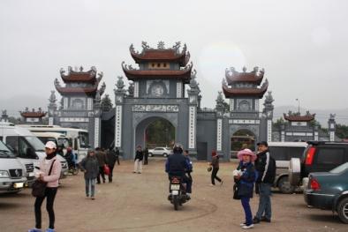 Không có chuyện 'chặt chém' tiền gửi xe khi vào chùa Trình-Yên Tử