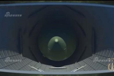 'Lạnh gáy' tên lửa Dongfeng-5C Trung Quốc mang 10 đầu đạn hạt nhân