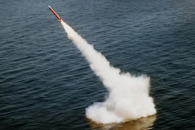 """""""Kinh hồn bạt vía"""" với khả năng đáng sợ của tên lửa Tomahawk Mỹ"""