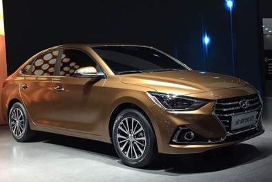 Chiếc xe 'lai' Hyundai Celesta giá chỉ từ 347 triệu đồng có gì hay?