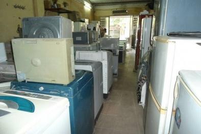 Có được nhập điện tử, điện lạnh qua sử dụng vào Việt Nam để bán?