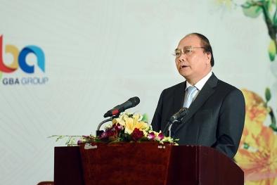 Thủ tướng: Nhà đầu tư vào Nghệ An đừng 'sớm nắng chiều mưa'