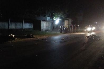 Nghệ An: Hai xe máy đấu đầu, 1 người tử vong, 3 người thương nặng