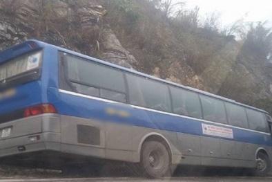 Tin mới nhất vụ ô tô chở học sinh đi du lịch bị tai nạn,1 người chết