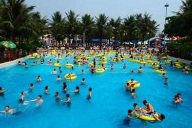 Nghiên cứu mới: Bể bơi công cộng chứa tới... 75 lít nước tiểu