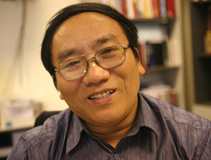 Nhà thơ Trần Đăng Khoa: Phụ nữ Việt Nam là 'phái mạnh' chứ không hẳn là 'phái yếu'