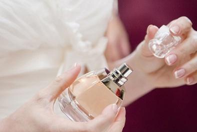 Hãy thận trọng khi sử dụng nước hoa nếu không muốn 'rước họa'