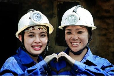 Quảng Ninh bứt phá, đứng thứ 2 toàn quốc về năng lực cạnh tranh cấp tỉnh
