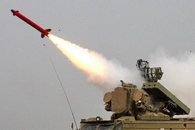 Tổ hợp tên lửa 9K33M3 Osa-AKM có thể hạ mục tiêu ở độ cao 12.000km