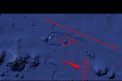 Bí ẩn vật thể dài 4km di chuyển dưới đáy biển