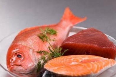 Thói quen cấp đông thịt, cá nhiều lần có ngày cả nhà nhập viện