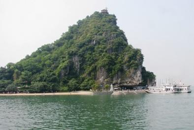 Quảng Ninh lắp wifi 'miễn phí' và camera an ninh trên vịnh Hạ Long