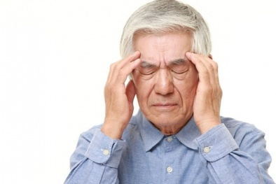 Mù mắt vì sử dụng tế bào gốc chữa thoái hóa điểm vàng