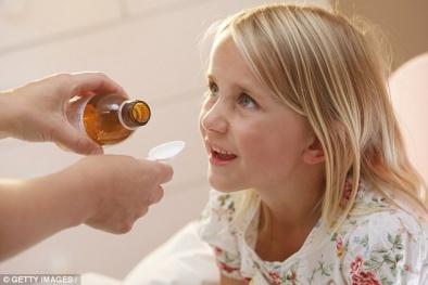 Lạm dụng thuốc kháng sinh, trẻ có thể mắc các bệnh thần kinh