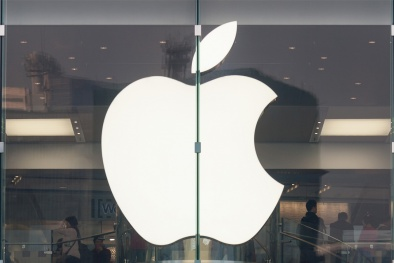 Tại Việt Nam, Apple cảnh cáo các cửa hàng bán sản phẩm xách tay của hãng