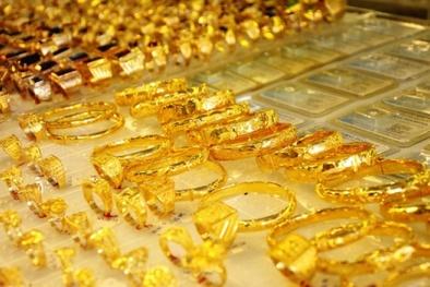 Giá vàng hôm nay 30/4: Giá vàng tăng nhẹ