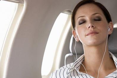 Những thói quen tai hại ai cũng mắc phải khi sử dụng tai nghe