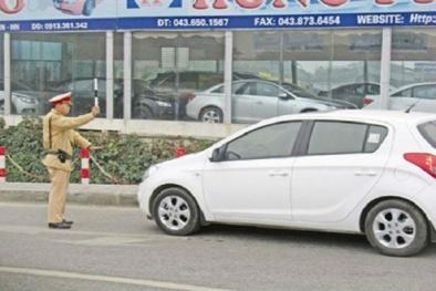 Người điều khiển ô tô đi sai làn đường sẽ bị xử phạt bao nhiêu tiền?