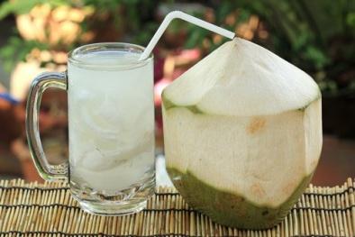 Khi uống nước dừa, nên biết những điều sau để không ảnh hưởng đến sức khỏe