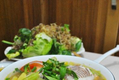 'Đưa cơm' hơn trong ngày hè với món canh cá nấu chua thơm ngon