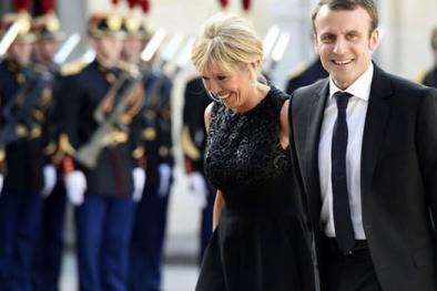 Lý do gì vợ tân Tổng thống Pháp hơn 24 tuổi vẫn khiến chồng say đắm