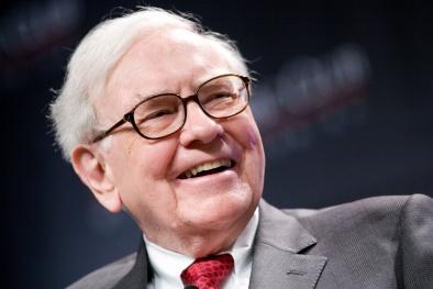 Warren Buffett quản lý hơn 360.000 nhân viên thế nào?