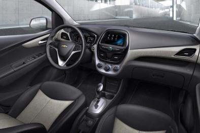 Có nên mua chiếc ô tô giá rẻ nhất của Chevrolet?