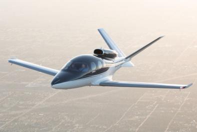 Bên trong máy bay giá rẻ nhất thế giới có gì?