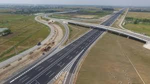 Xây dựng cao tốc từ Bắc vào Nam qua 20 tỉnh, thành