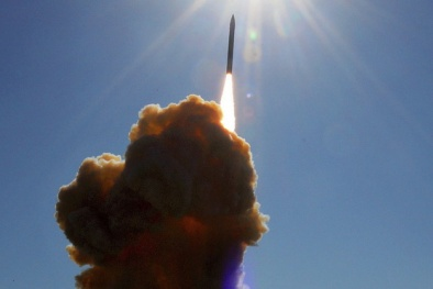 'Lạnh gáy' với sức mạnh của siêu tên lửa đáng sợ nhất thế giới