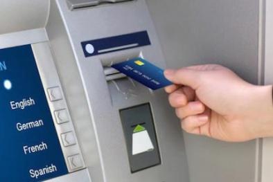 Vietcombank hoàn trả tạm thời 72 triệu đồng cho khách hàng mất tiền trong thẻ ATM