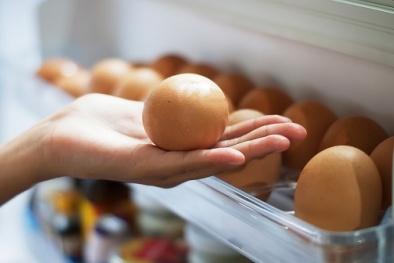 Lý do bạn tuyệt đối không nên để trứng ở cánh cửa tủ lạnh