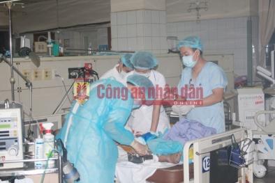 Bệnh nhân thứ 8 chạy thận tử vong, Viện Khoa học Hình sự lên Hoà Bình làm việc