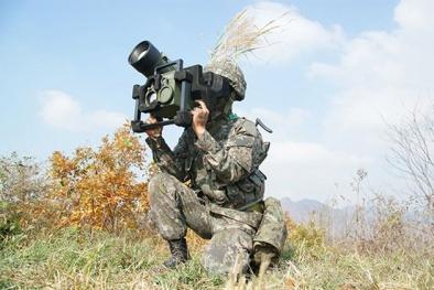 Tên lửa chống tăng Raybolt Hàn Quốc khiến đối phương 'lạnh gáy'