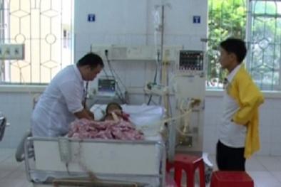 'Không có chuyện 1 trẻ tử vong, 4 trẻ cấp cứu sau khi ăn vải'