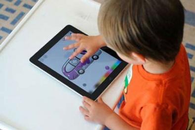 Nguy hiểm ngang ma túy, nếu cho trẻ tiếp xúc nhiều với smartphone