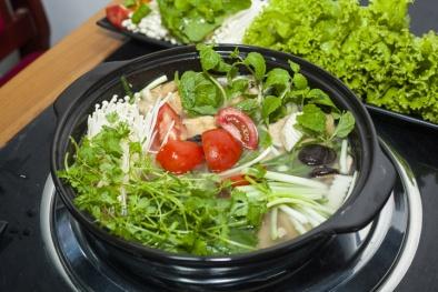 Ăn lẩu: Cẩn trọng khi chọn rau nếu không muốn nhập viện